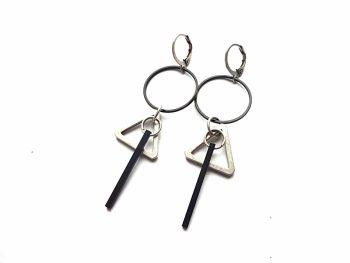 Geometriniai minimalistiniai auskarai iš sidabruoto ir oksiduoto žalvario