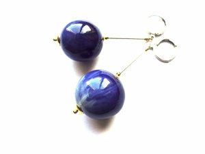 """Auskarai """"Mėlyni burbulai"""" iš medžio dengto emale susidabruotomis detalėmis"""
