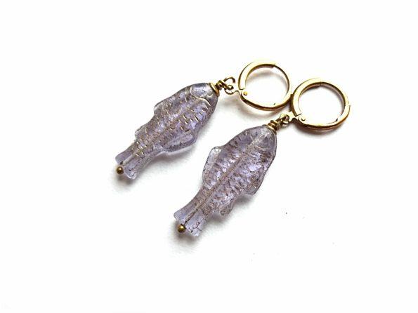 Auskarai stiklo žuvys