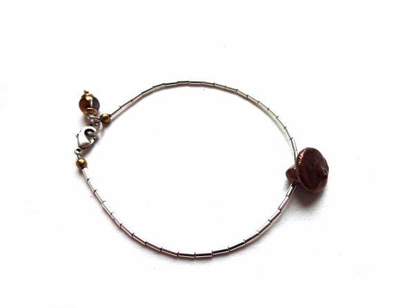 Rudo perlo ir sidabrinio hematito minimalistinė apyrankė