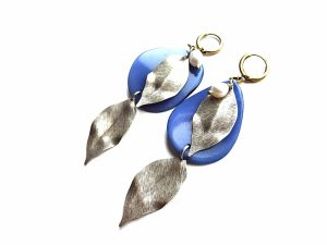 Zydro tagua riešuto ir sidabruotų žalavrio lapų auskarai su gėlavandeniais perlais