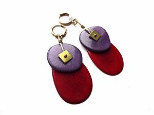 Raudono ir violetinio tagua riešuto auskarai